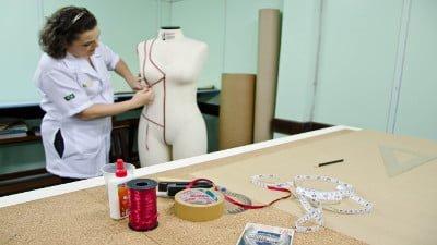 Secretaria de Assistência Social abre inscrições para curso de Confecção do Vestuário Básico Feminino